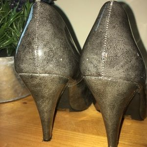 Maurices Grey heels size 8